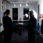 Avståndstest med en blixt aktiverad med fotografen långt från blixten
